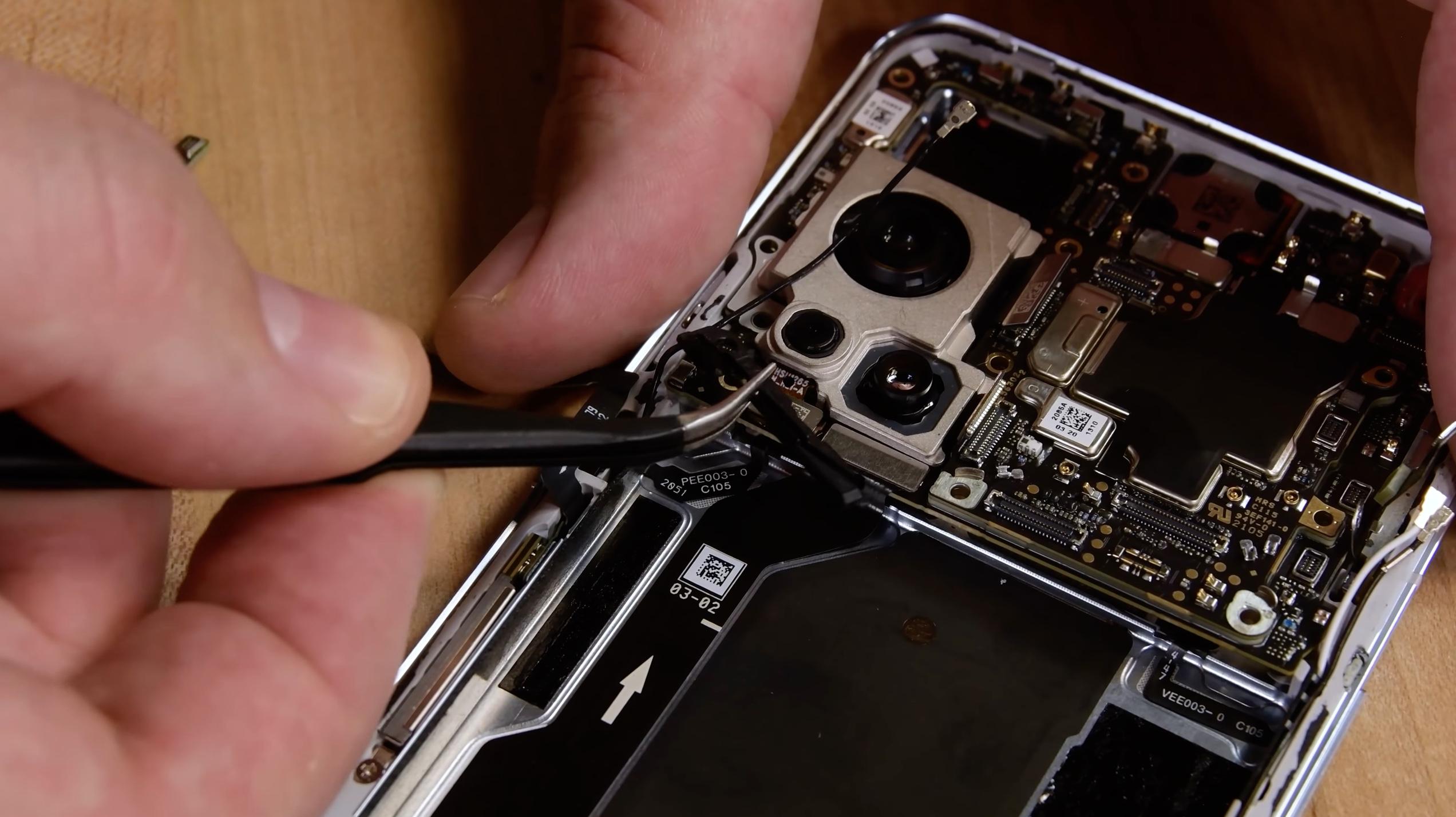 Le OnePlus 9 Pro n'est pas nécessairement facile à réparer en cas de besoin… mais iFixit a vu pire