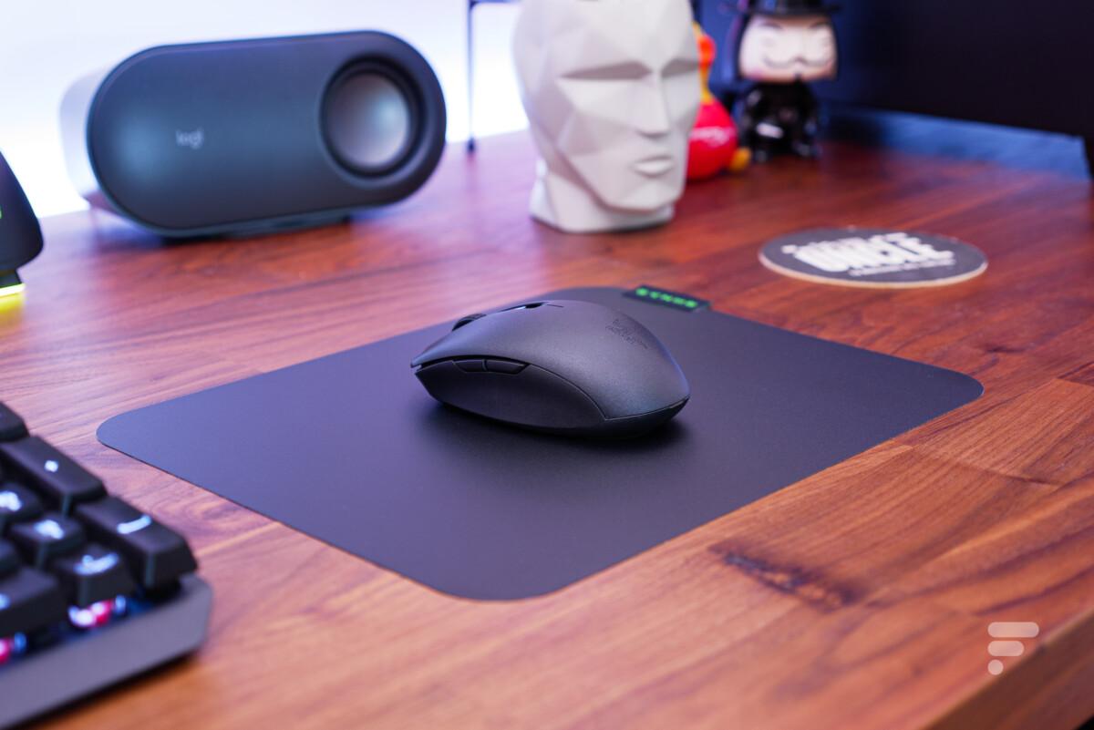 Associée au tapis Sphex V3, la souris est très agréable à utiliser//Source : Edouard Patout / Frandroid
