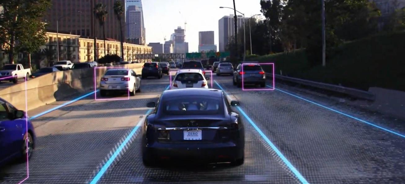 La technologie Tesla Vision délaissé complètement les radars du véhicule au profit des caméras et d'une importante puissance de calcul