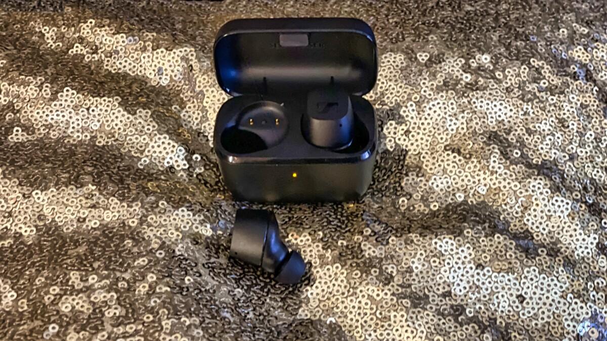 CX True Wireless headphones