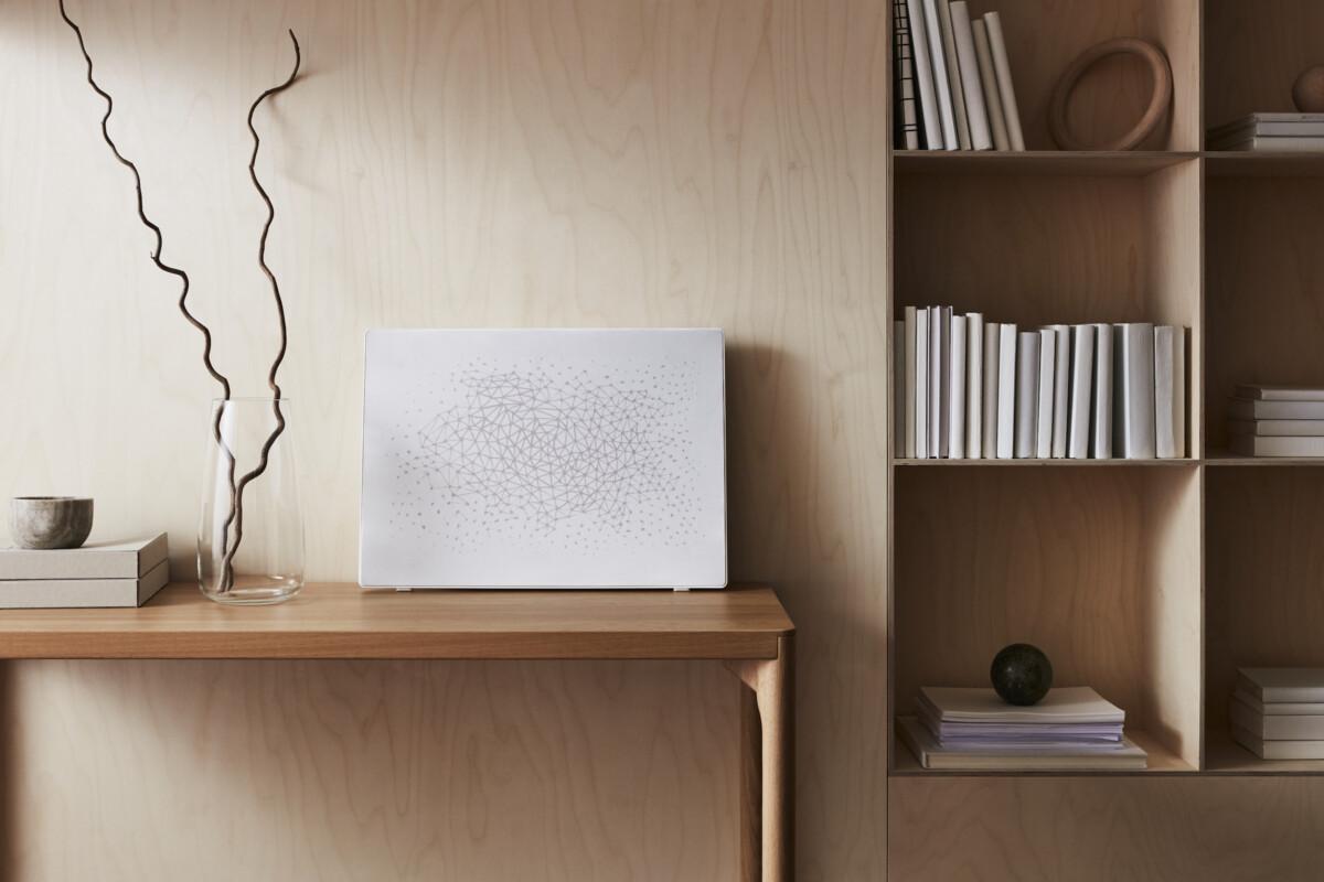 Le cadre avec enceinte Wi-Fi intégrée Symfonisk en contour blanc ou noir