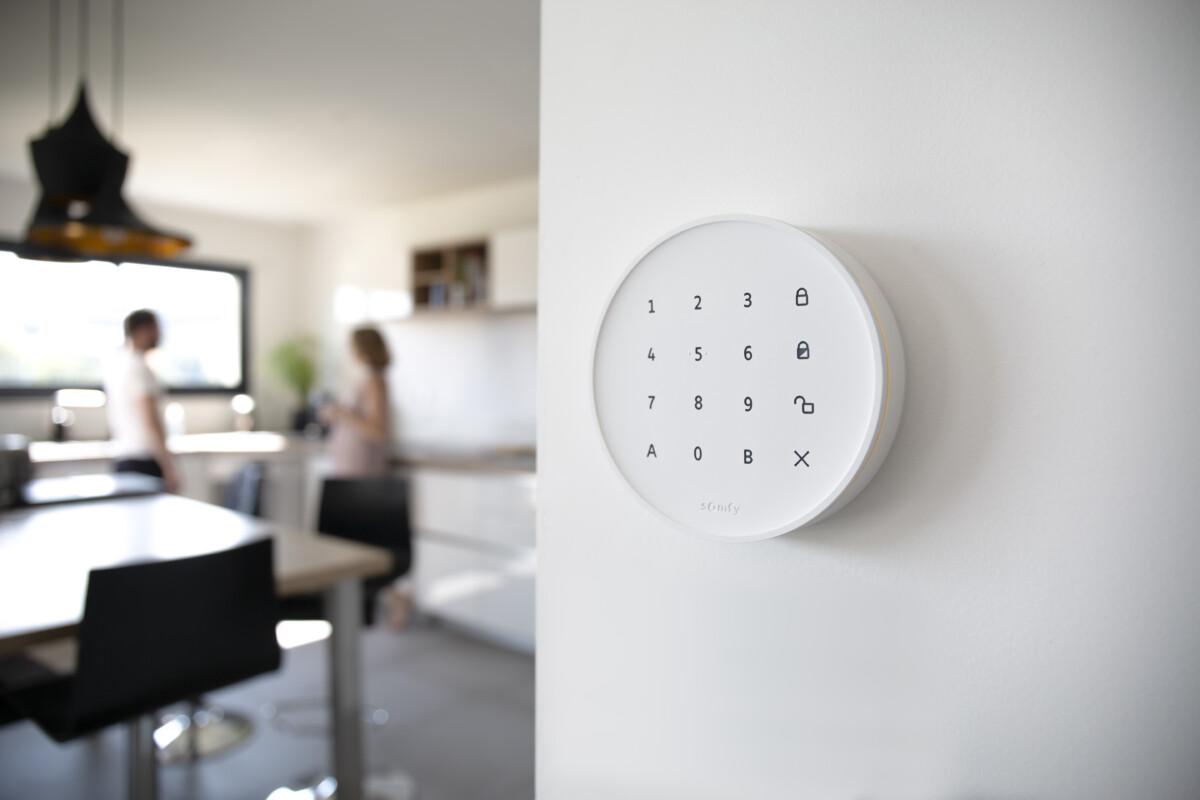 Voici l'Home Alarm Advanced de Somfy… une alarme connectée qui ne se coupera pas en cas de panne de courant