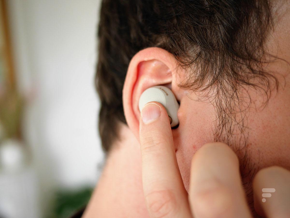 Les écouteurs true wireless Sony WF-1000XM4 se contrôlent au tactile