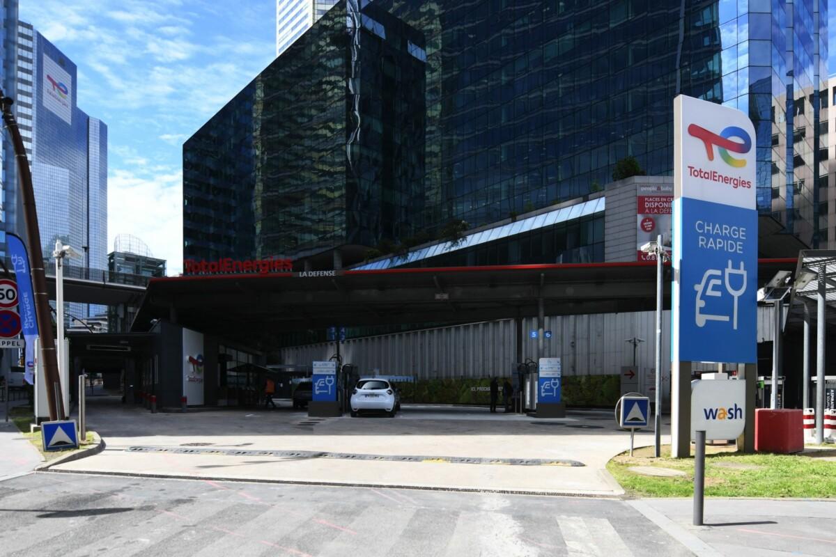 La station TotalEnergies de La Défense est désormais 100 % électrique