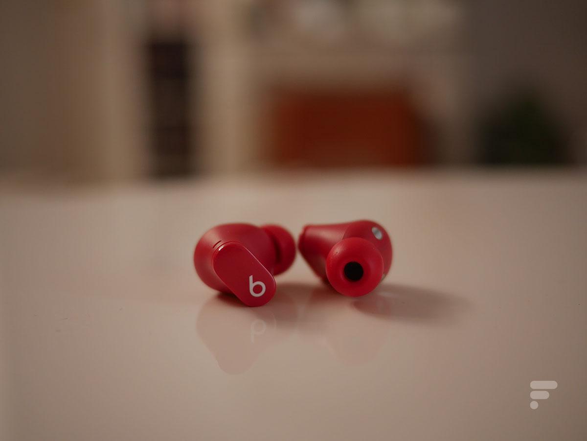 Les Beats Studio Buds sont des écouteurs intra-auriculaires