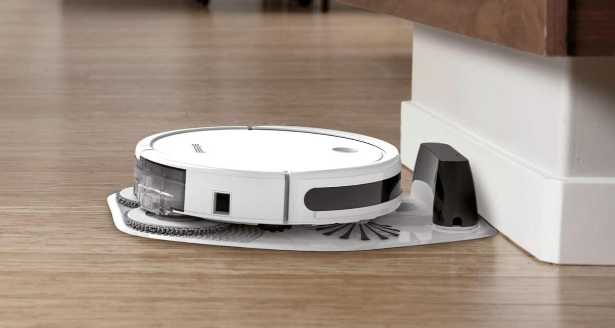 L'aspirateur robot SpinWave sur sa base