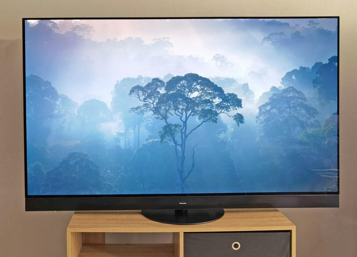 Test TV Panasonic TX-65JZ2000 : la plus belle image Cinéma qui soit et des atouts pour le gaming