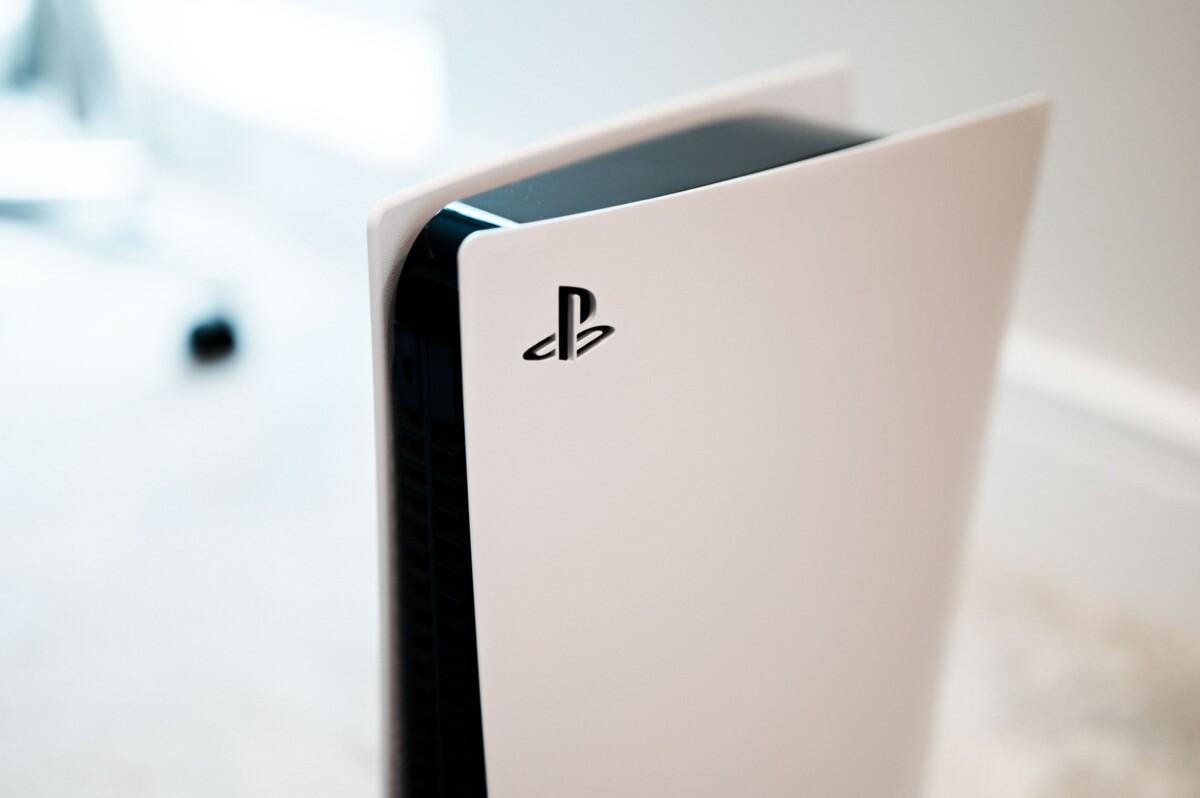 PS5 : comment installer un SSD M.2 dans la console et transférer ses jeux