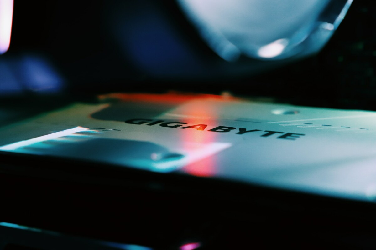 Victime d'un groupe de pirates informatiques, Gigabyte se serait fait dérober une quantité importante de données confidentielles
