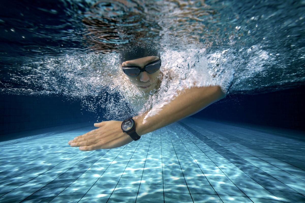 La Huawei Watch 3 résiste à l'immersion dans l'eau (5ATM)