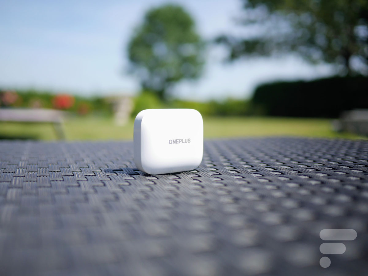 Le boîtier des OnePlus Buds Pro