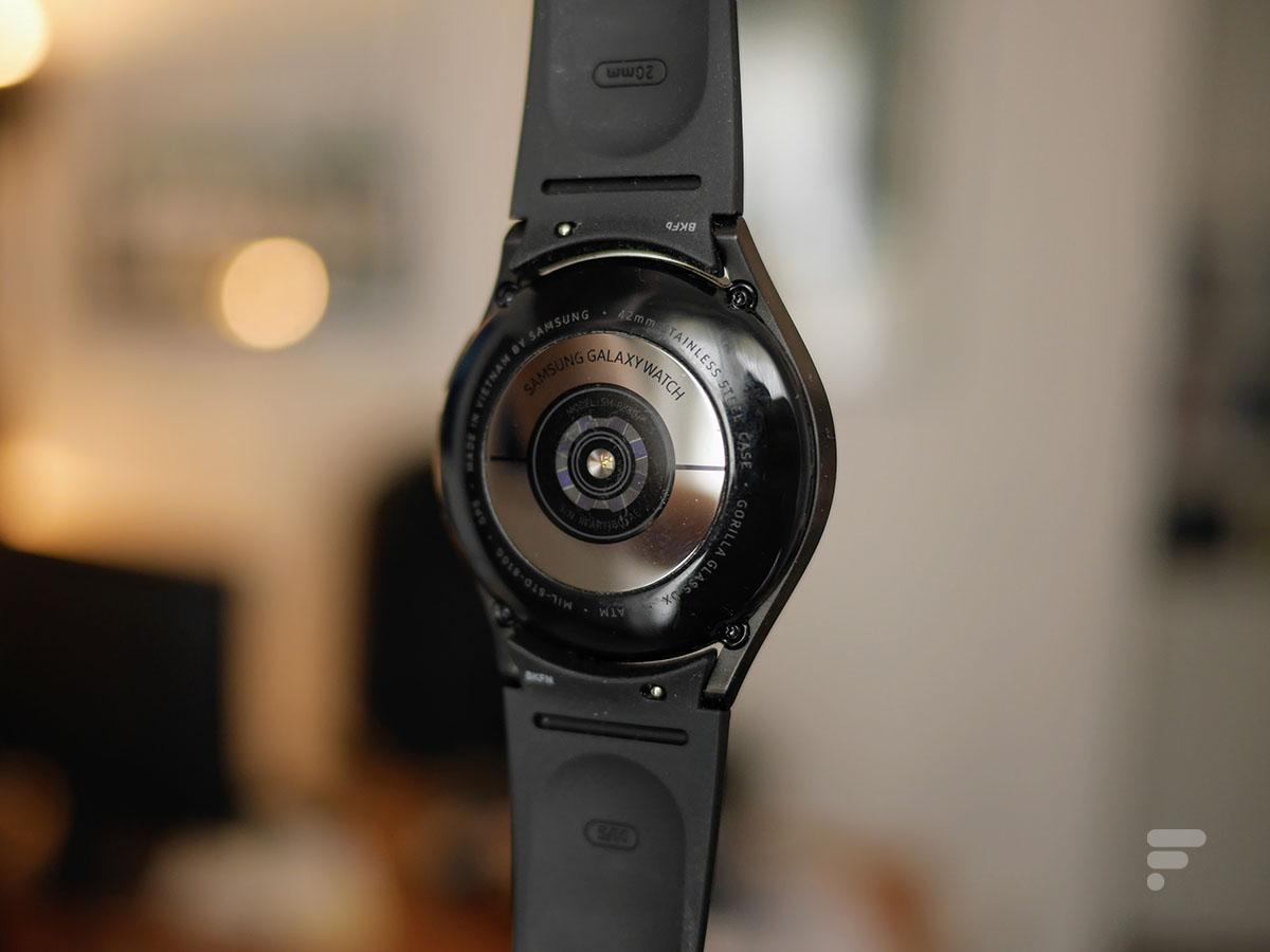 Les capteurs de santé au dos de la Samsung Galaxy Watch 4 Classic