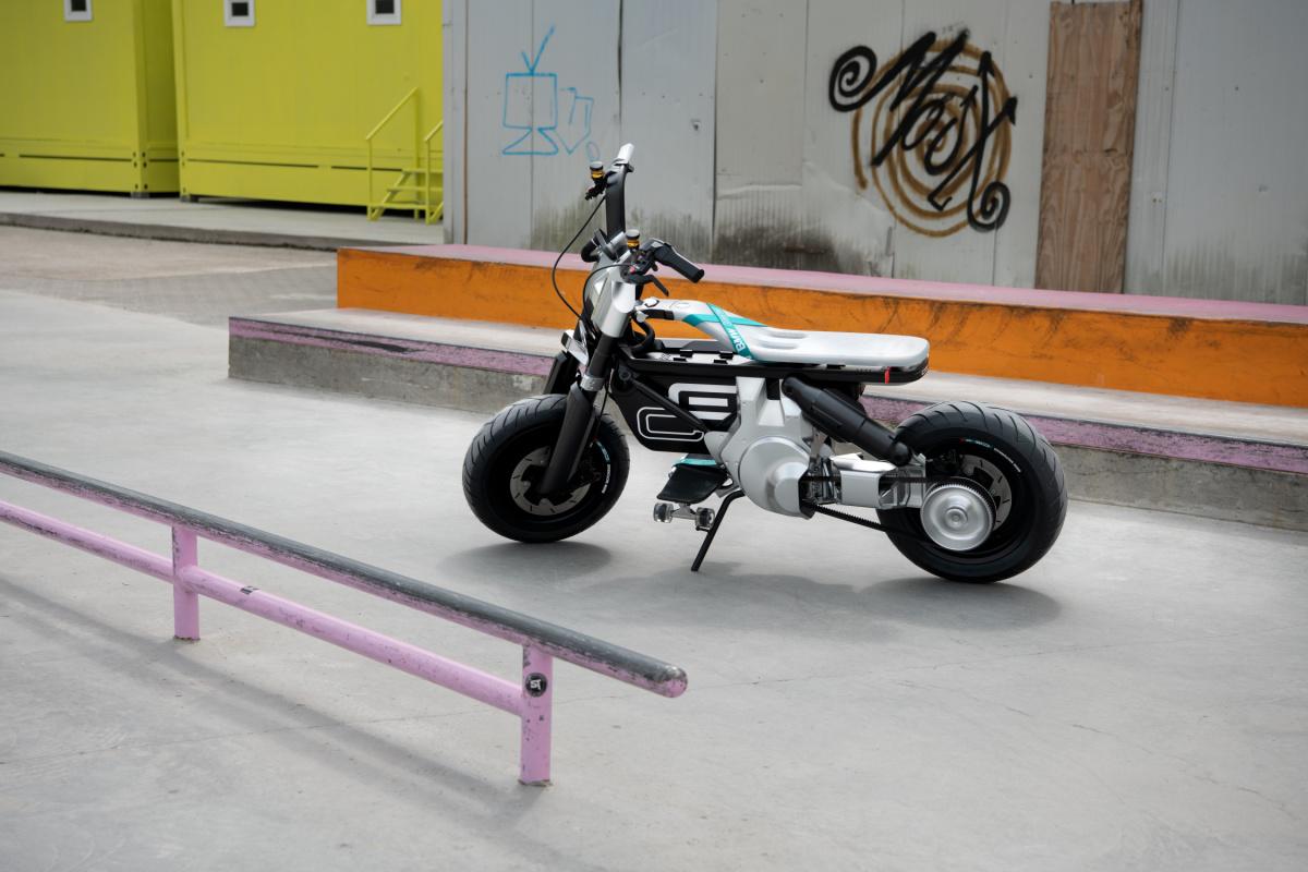 BMW Motorrad Concept CE 02 (3)