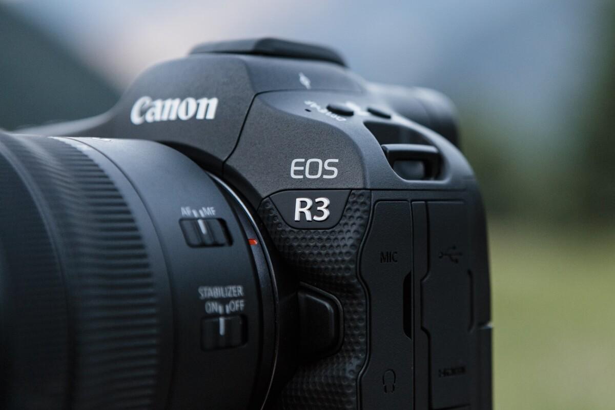 Le Canon EOSR3