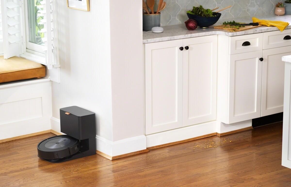 L'aspirateur robot Roombaj7/j7+ fonctionne avec Google Assistant