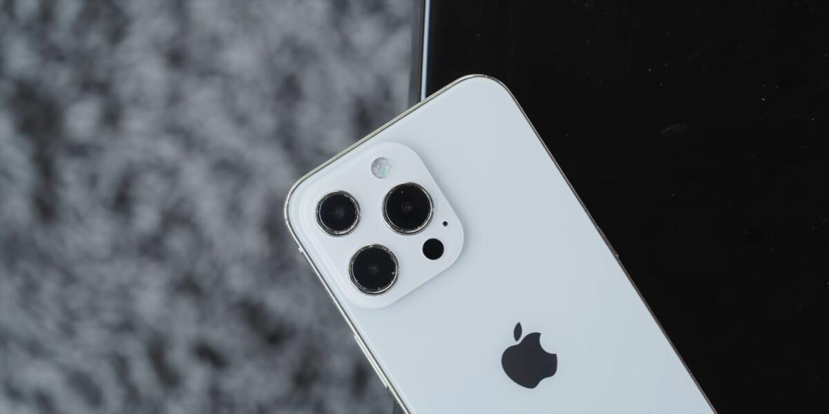 Modèle factice iPhone 13 Pro Max
