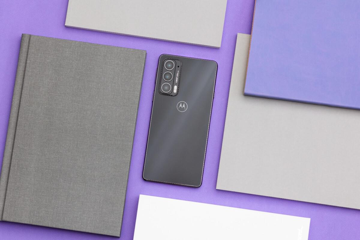 Motorola signe un retour en force avec le Edge 20 (et offre ses écouteurs Bluetooth)