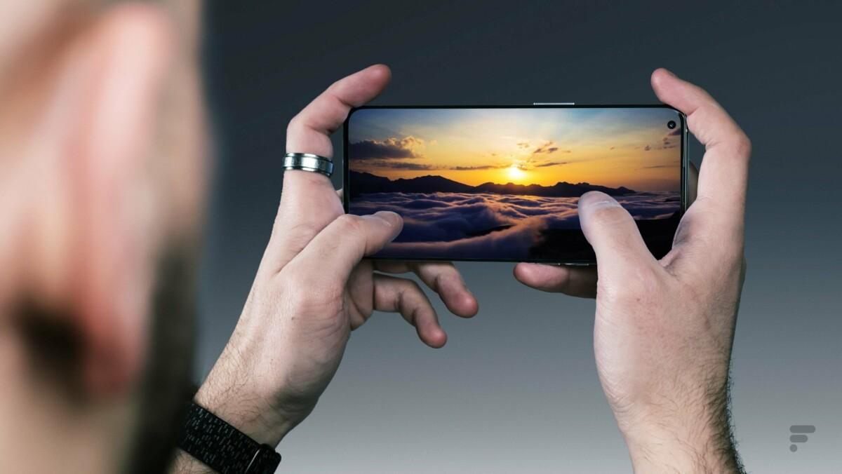 Il display di OnePlus 9 Pro è tecnicamente molto vicino a quello di iPhone 13 Pro