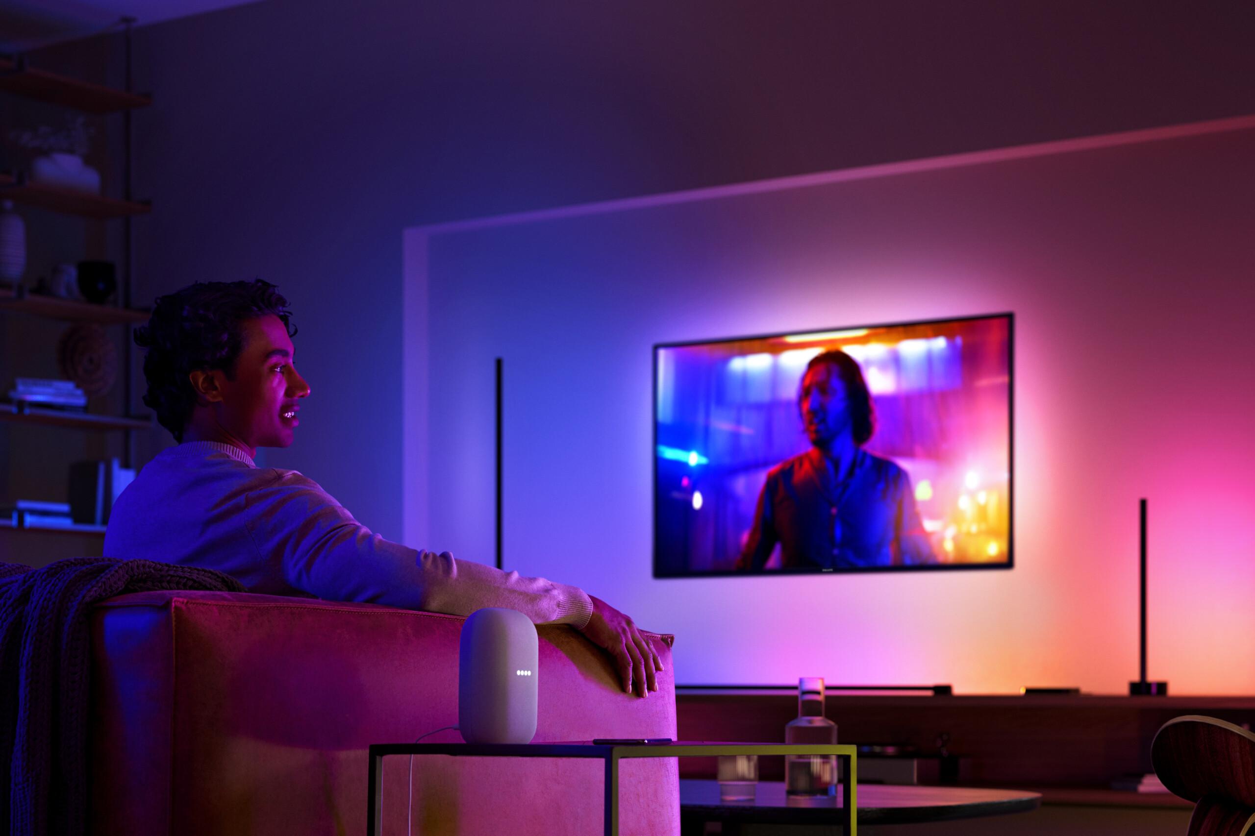 Plafonniers, tubes, bandeaux LED... Philips Hue fait le plein de nouveautés pour pulser la lumière chez vous