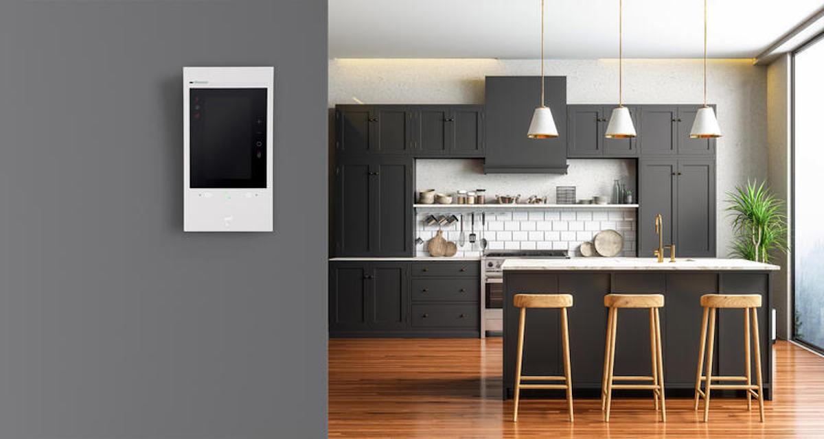 Le portier vidéo portier vidéo Classe 300EOS with Netatmo compte sur Alexa pour gérer votre maison