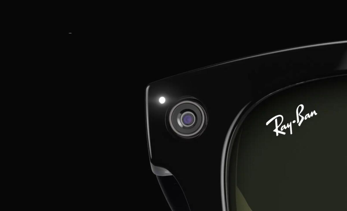 Une LED s'allume lorsque l'on capture des vidéos ou des photos.