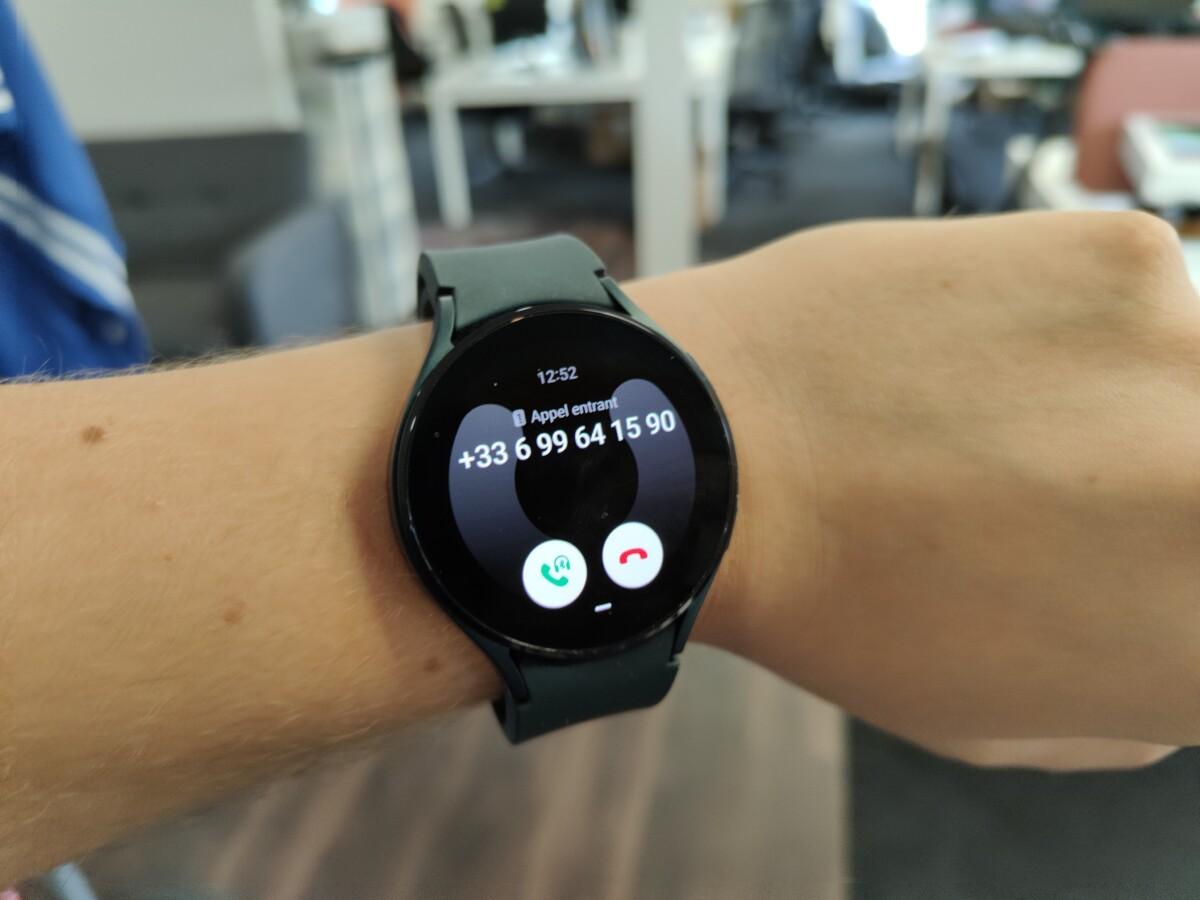 On peut répondre aux appels directement sur la Watch4.