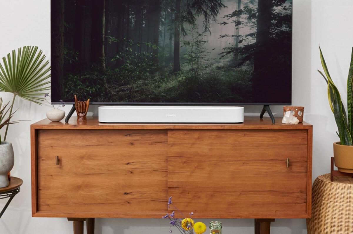 Nouveau design et Dolby Atmos, la Sonos Beam (Gen 2) vous attend chez la Fnac