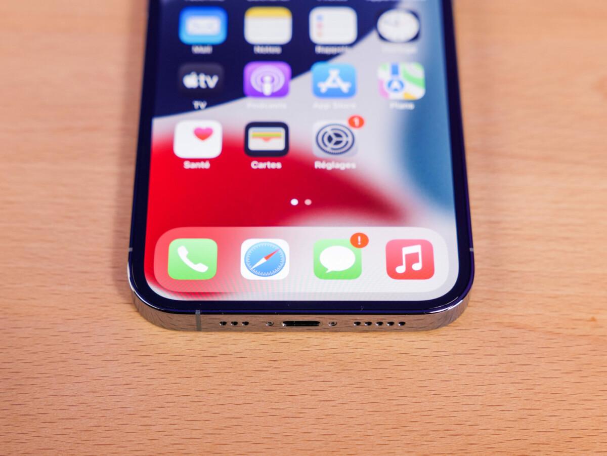 Le port Lightning de l'iPhone 13 Pro